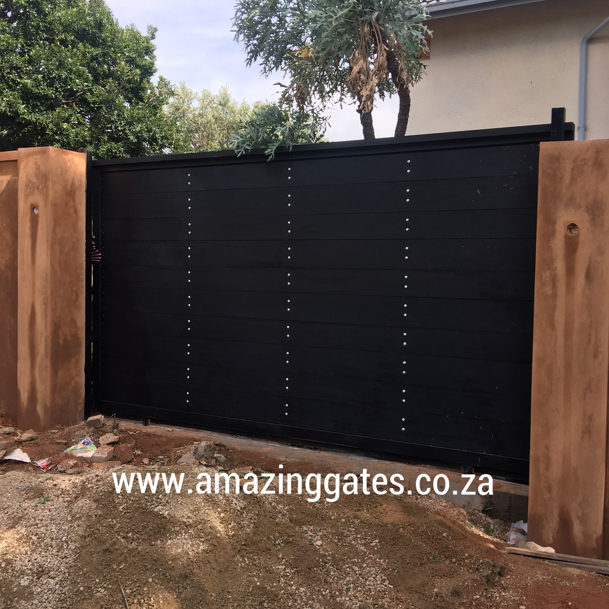 Home Design Gate Ideas: DISCOVER SMART AUTOMATIC DRIVEWAY GATES IN CENTURION